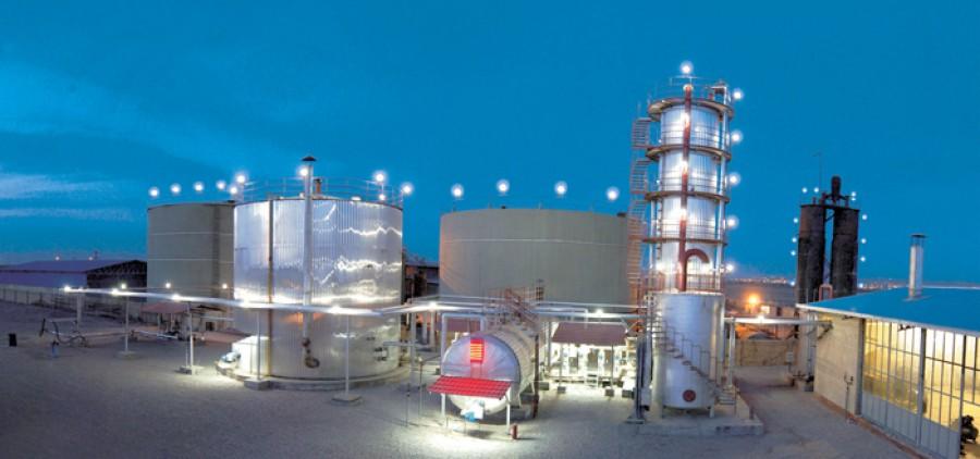 کارخانه قیر آذربام